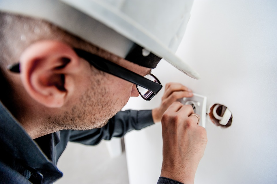 5 Traits Every Reliable Electrician Should Have