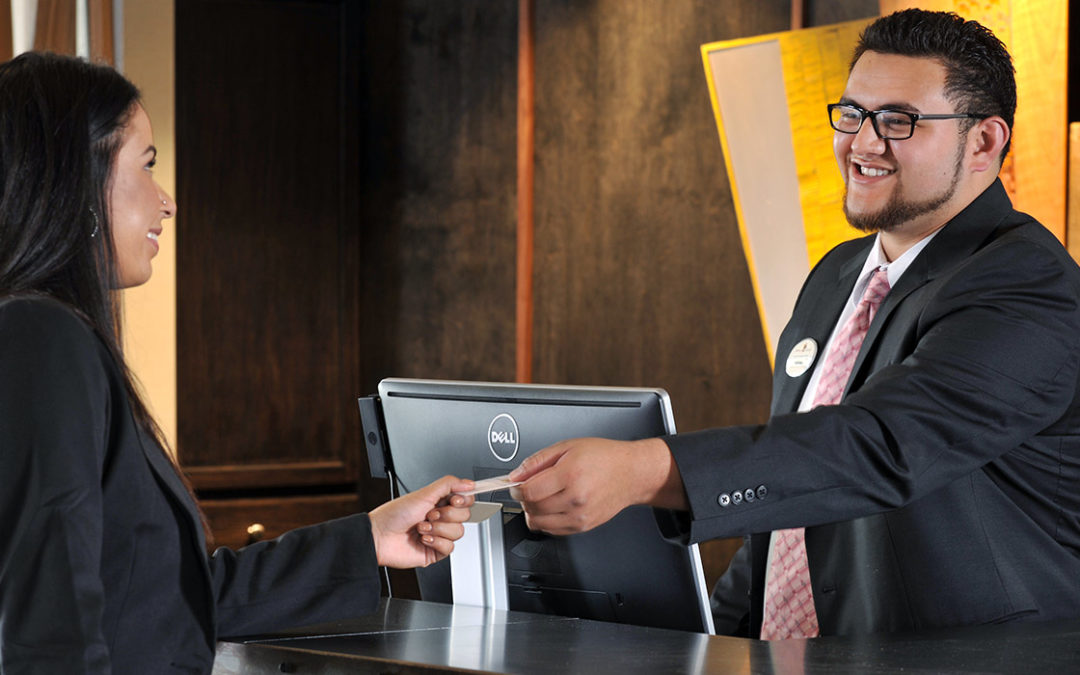 Essential Qualities All Hotel Receptionists Should Have